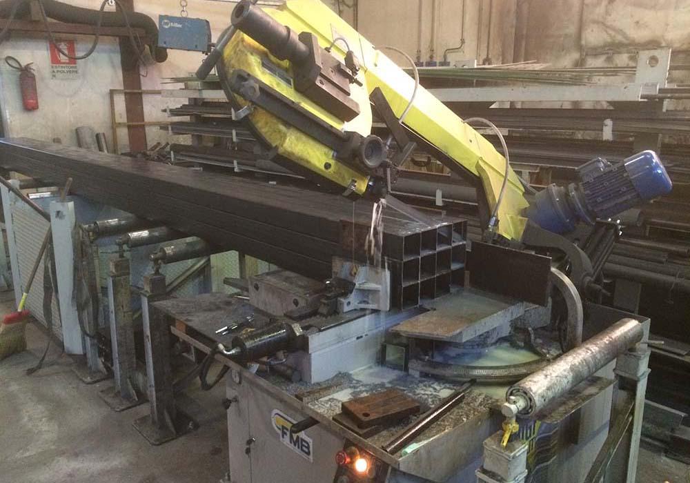 lavorazioni_e_preassemblaggio_saldatura_struttura_macchine_Facchin_Engineering